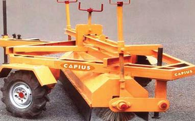 Mechanical / Hydraulic Broomer